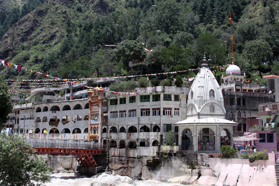 Temple in Manikaran