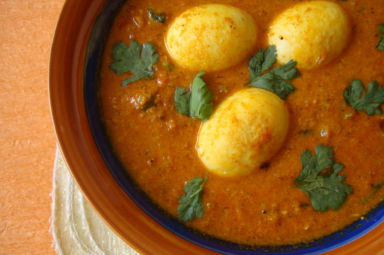 Hyderabadi Egg Curry