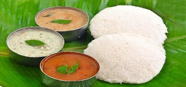 Idli, Chutney and Sambar