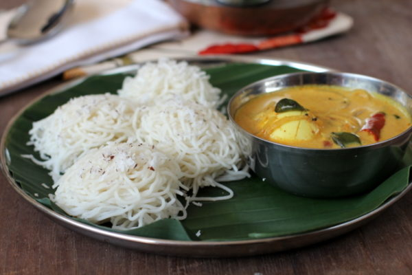 Idiyappam with Egg Curry